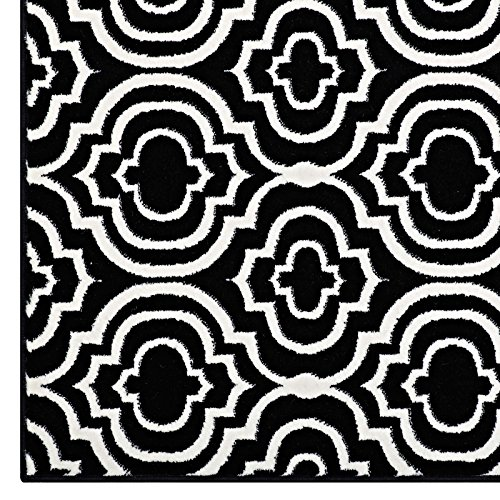 Frame Transitional Moroccan Trellis 8x10 Area Rug In Black